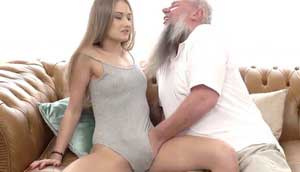 Bearded Dad Convinces His Stepdaughter Into Sex